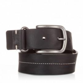 Cinturón de piel al corte cosido negro